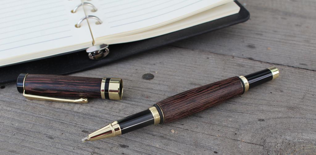 Ручка шариковая из венге